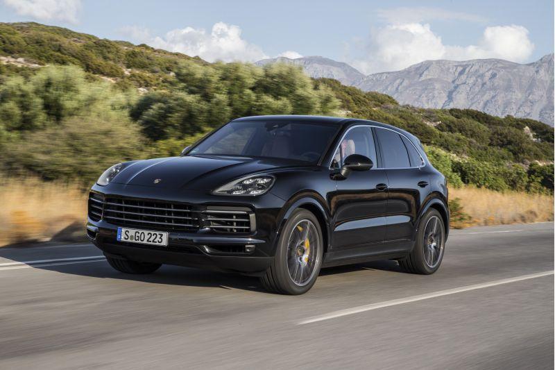 Porsche apresenta última geração do SUV Cayenne